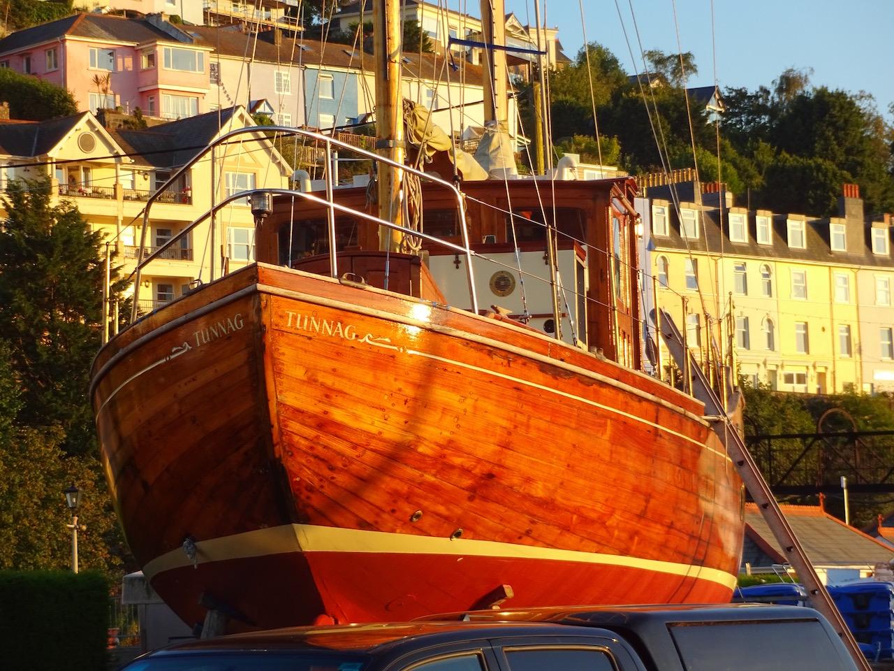 wunderschönes Holz Yacht