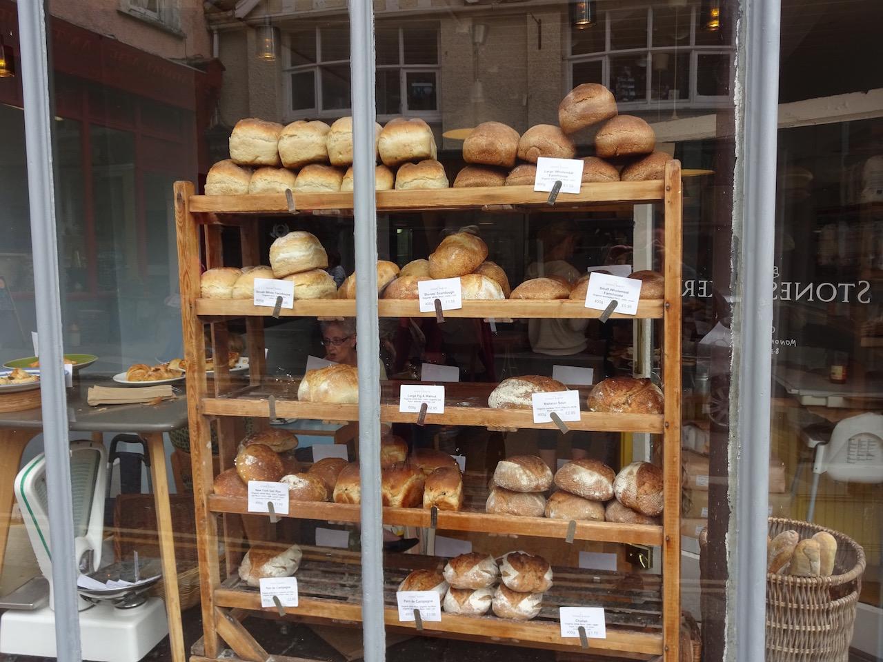 Bäckerei mit Brot nach deutschem Rezept