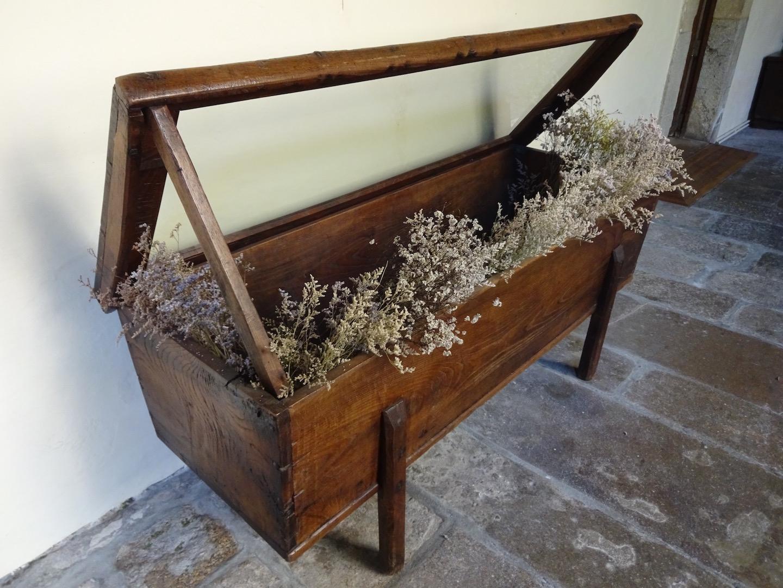 was man aus alten Holzkisten alles so basteln kann...