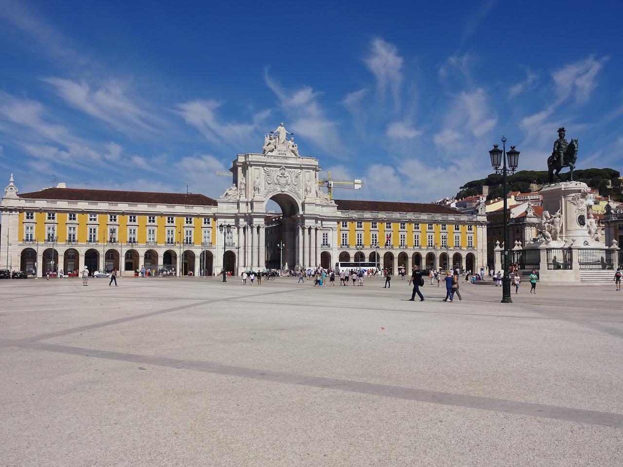 Praça do Comércio in Lissabon, neu gestaltet nach dem Erdbeben von 1755