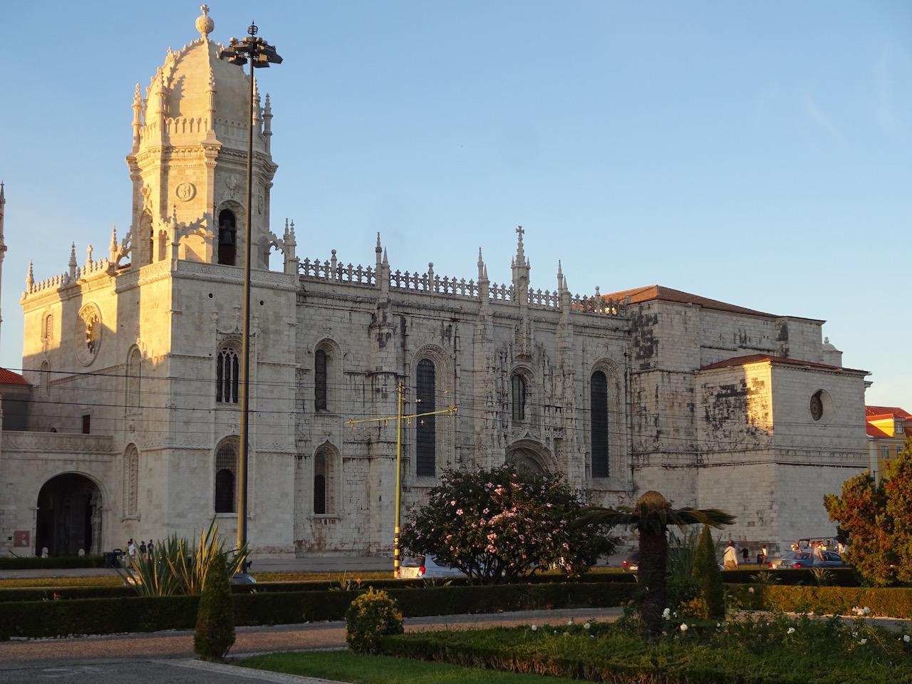 das Mosteiro dos Jerónimo - auch Hieronymuskloster genannt wurde nach der Rückkehr von Vasco da Gama von seiner ersten Indienreise gebaut