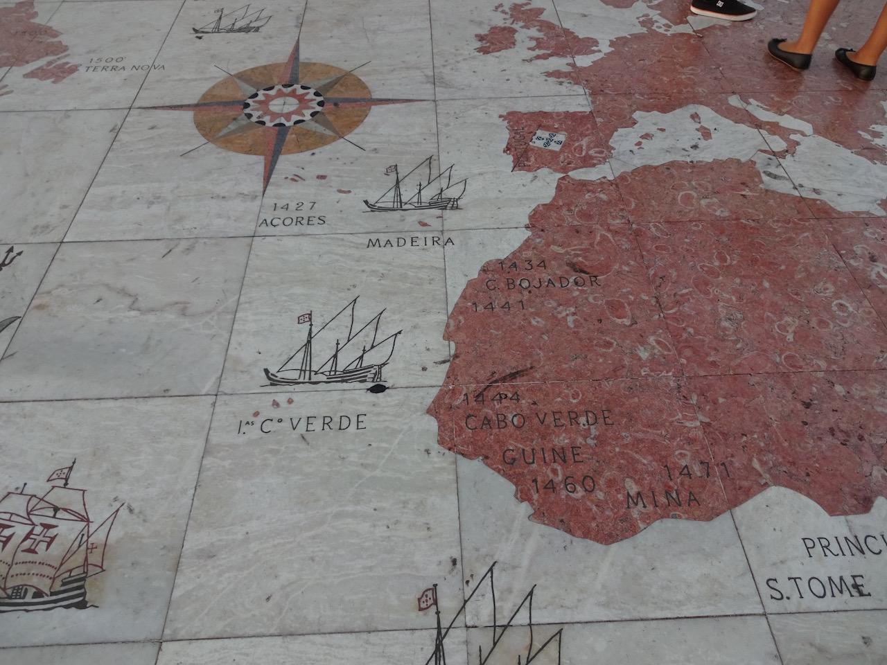 ein Mosaik mit den besetzten Gebieten zu den Glanzzeiten der Portugiesischen Seefahrt