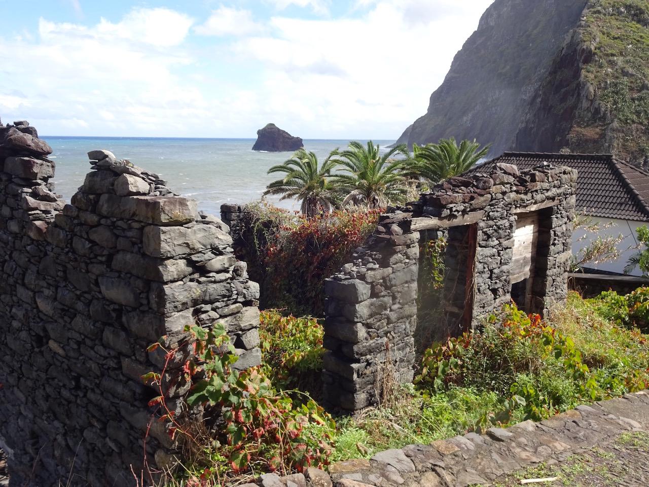 Blick auf den Atlantik an der Nordküste Madeiras