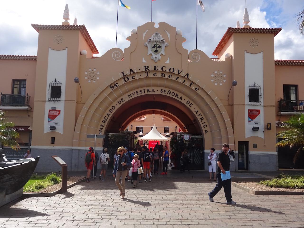 Eingang zum Wochenmarkt  in Santa Cruz de Tenerife