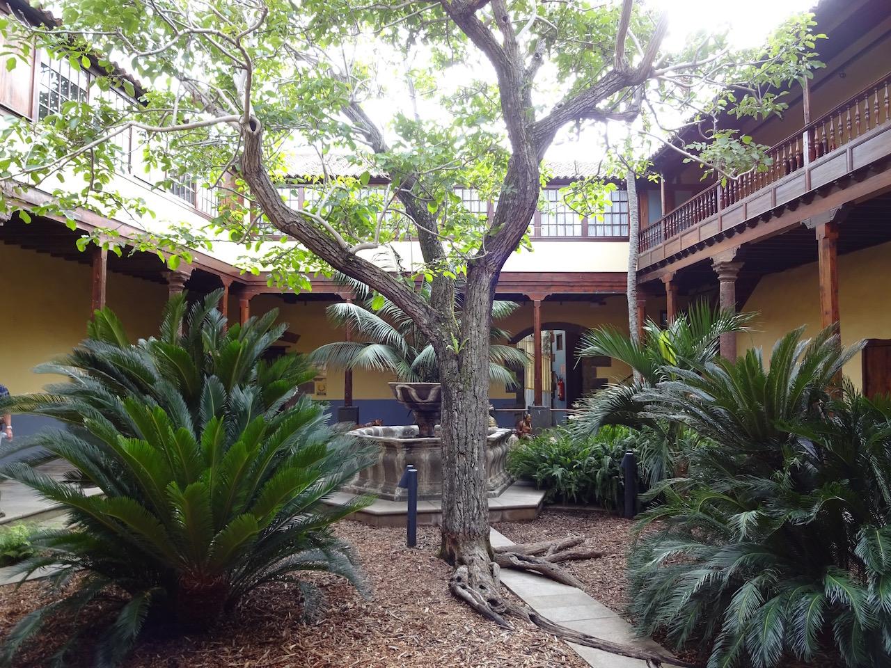 Innenhof in der Altstadt von La Laguna